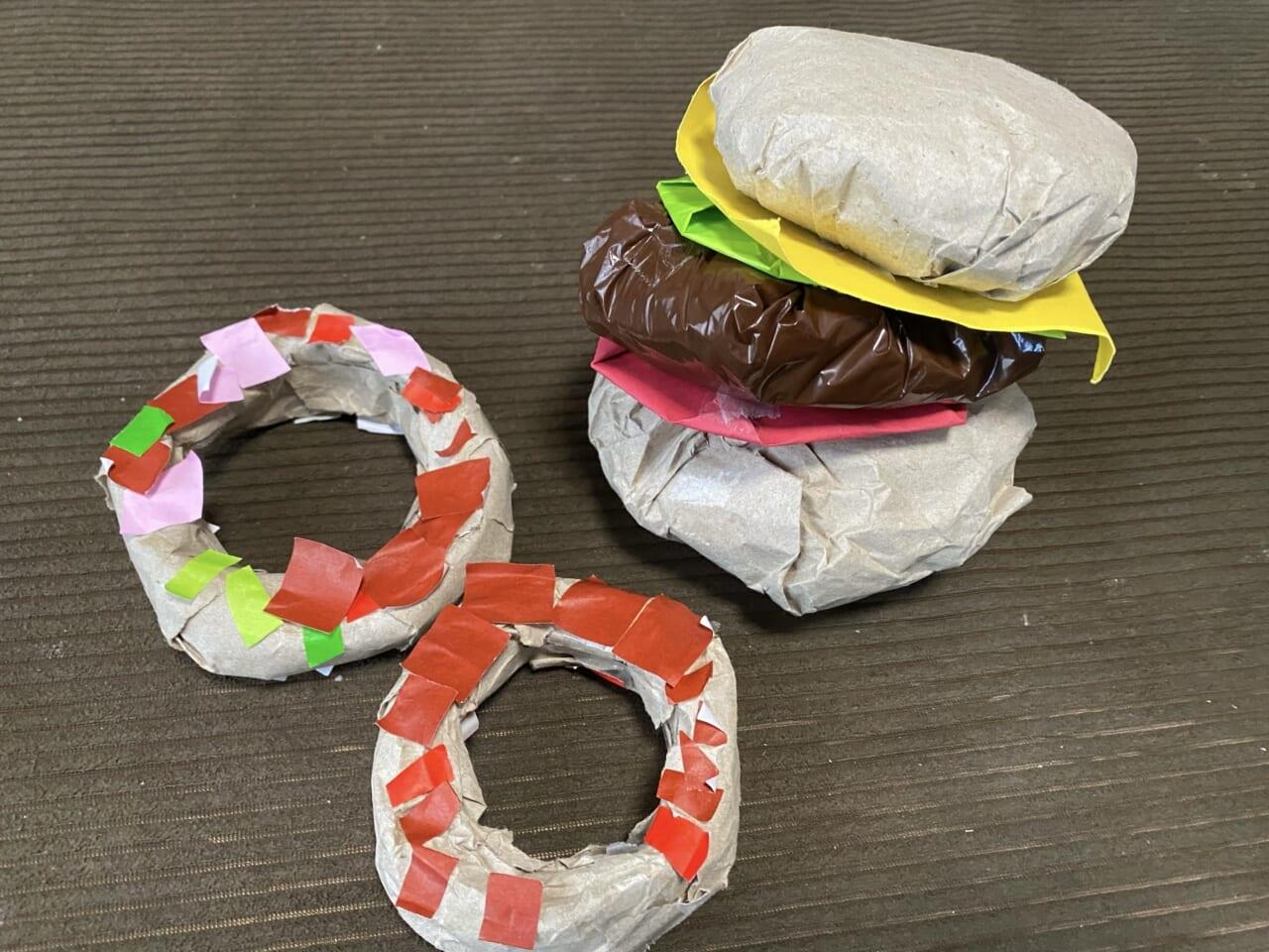 #3歳 ドーナツとハンバーガー